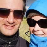 Maarten en Kenny wandelen in Ameland