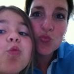 Een dikke kus van mijn schoonzusje Inez en nichtje Maud